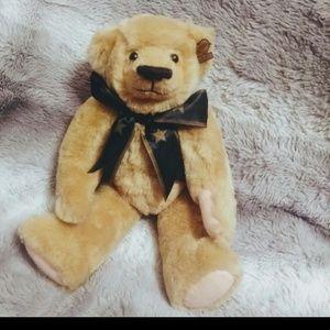 Handsome Bear